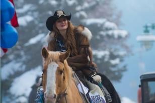 Miss Alaska 3